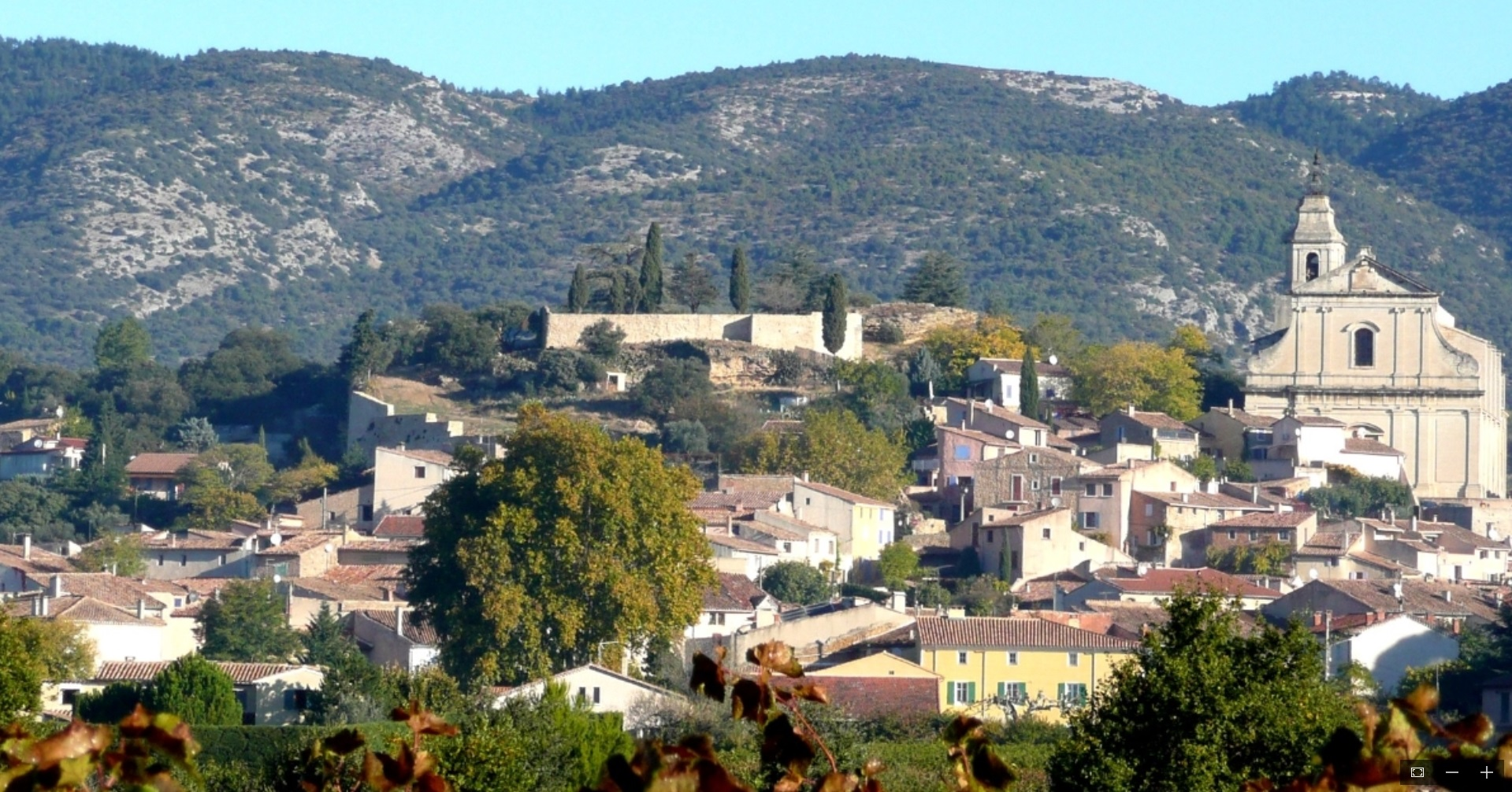 Bedoin village