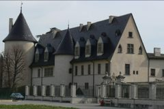 Ampuis Chateau G