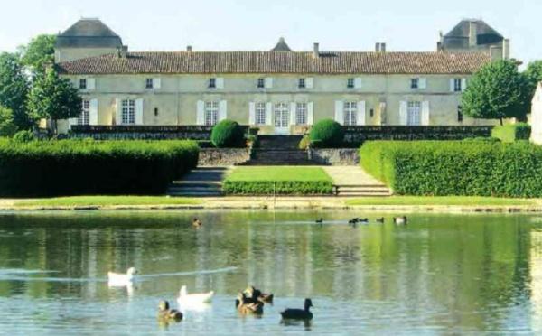 Château Calon-Ségur vendu à Suravenir Assurances, filiale du groupe bancaire Arkéa.