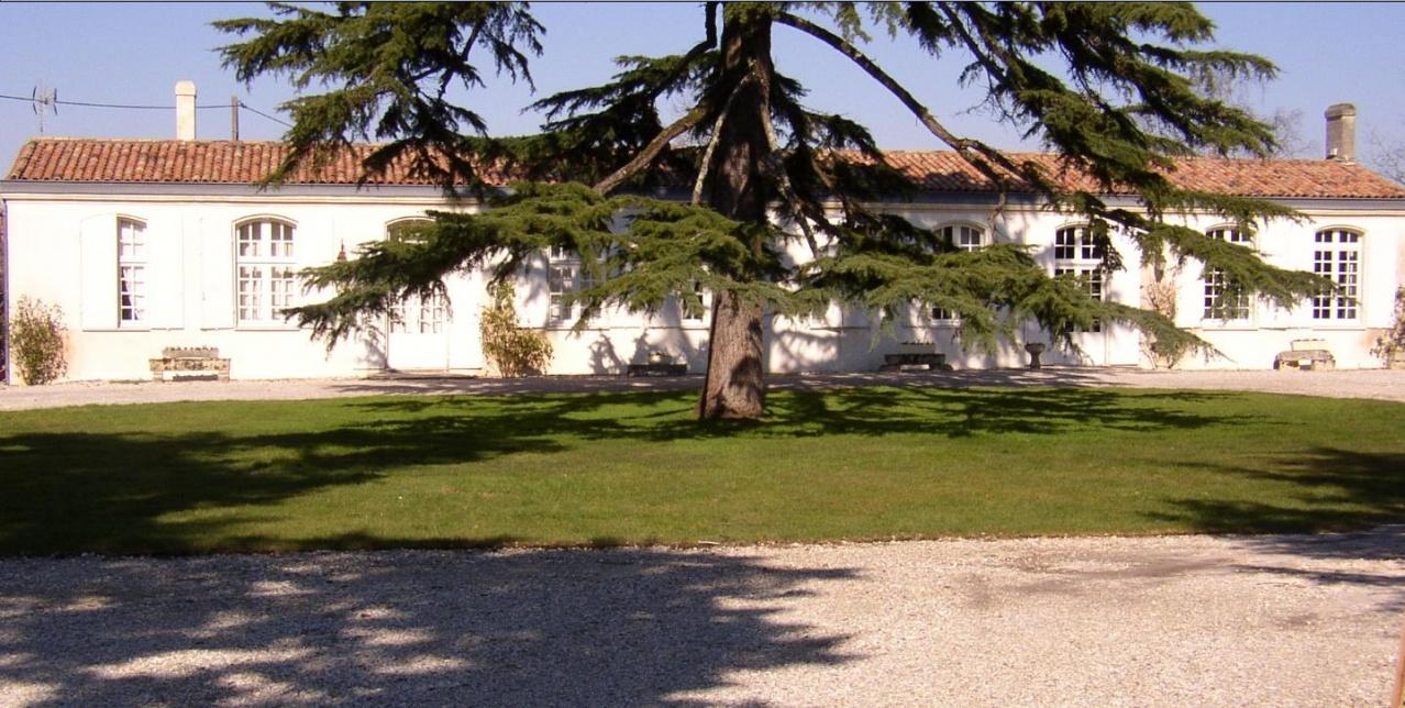 Poujeau château